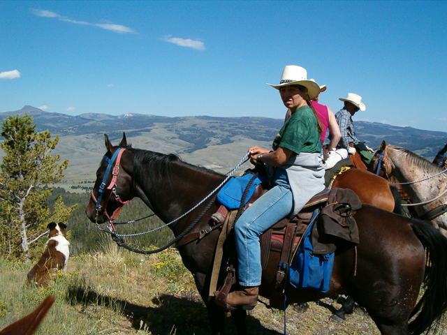 Montana horse back riding trips